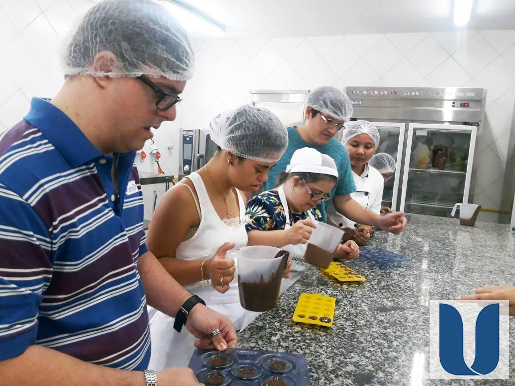 Gastronomia da Unichristus em parceria com a Fortaleza Down