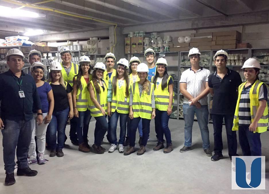 Cursos com foco na qualificação profissional dos futuros engenheiros
