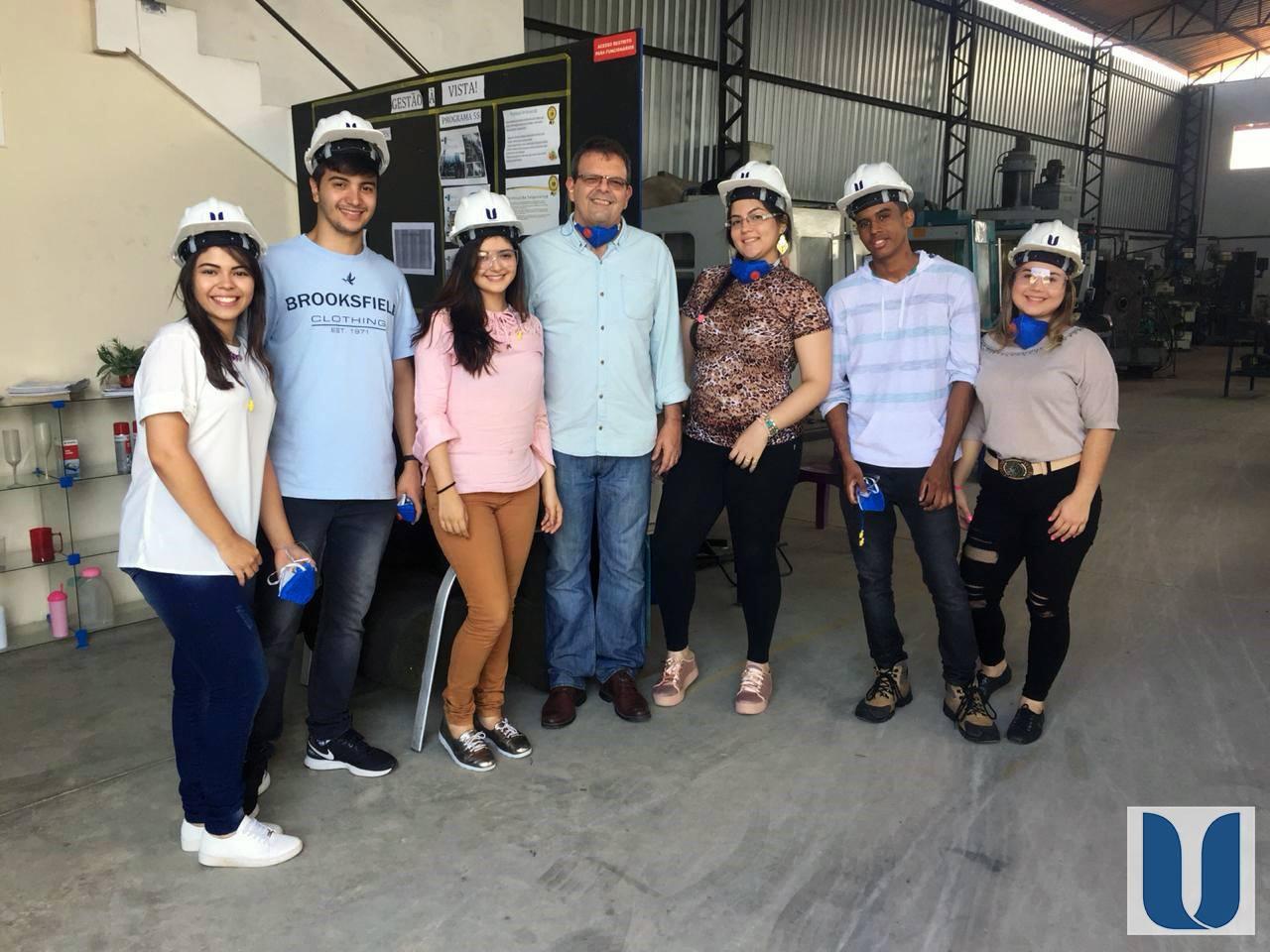 Os acadêmicos do Curso de Engenharia de Produção da Unichristus visitaram a Exacta Ferramentaria e Usinagem